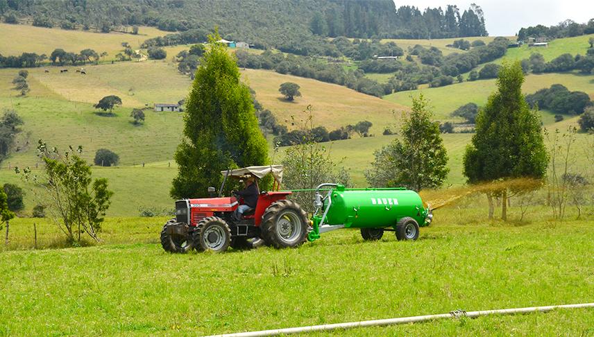 Comercial-de-Riegos_tanque-estercolero-manejo-de-estiercol-y-compost